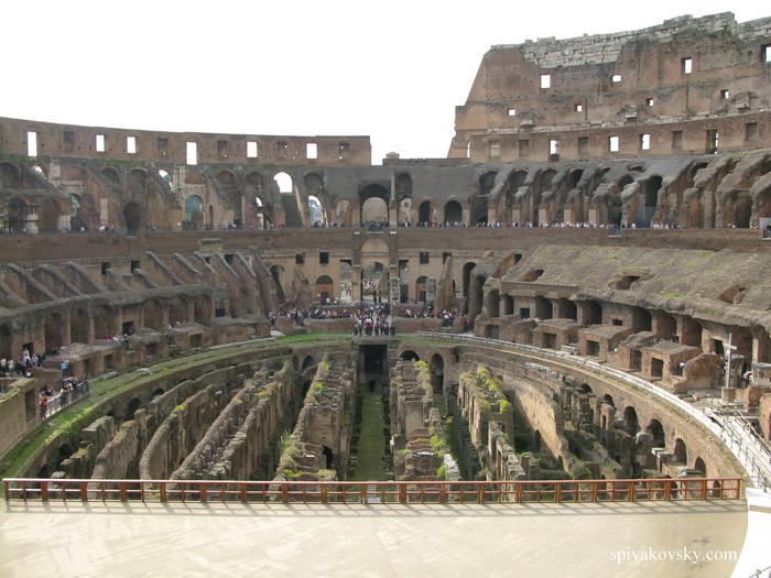 Колизей.  Италия